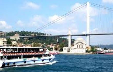 Bosphorus Cruise & 2 Continents Tour in Spanish
