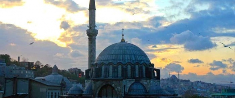 Morning Bosphorus Cruise & Spice Market Tour
