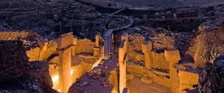 DAILY TOUR TO GOBEKLITEPE FROM ISTANBUL