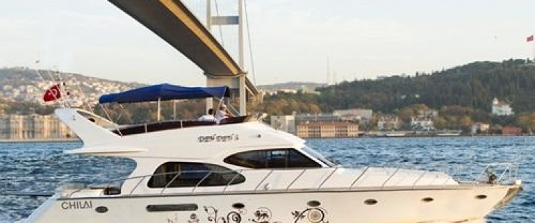 Bosphorus Tour with Private Yacht